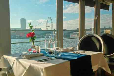 The Yacht London - Sunday Roast Lunch for Up to Four - Save 33%