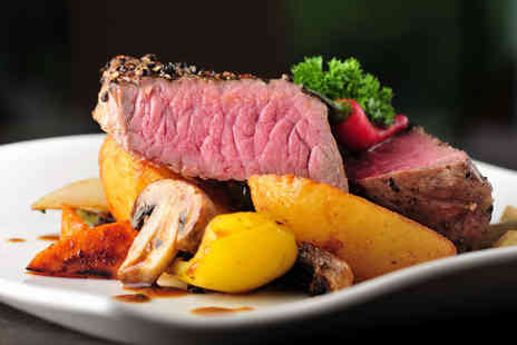 Signature Steakhouse - Steak, chips and salad dinner for two with a glass of Prosecco each - Save 0%