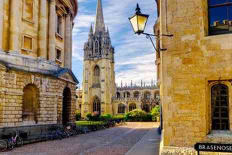 Guided Walking Tours of Oxford - Guided Walking Tour of Oxford - Save 42%