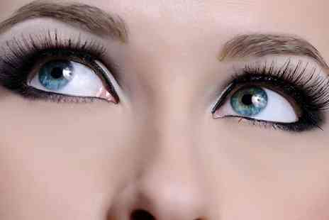 The Headroom - Full Set of Semi Permanent Eyelash Extensions with Optional Brow Wax and Tint - Save 66%