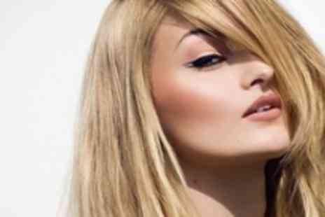 Michael Barnes Hairdressing - Hair Cut and Finish with Moroccan Oil Treatment - Save 68%