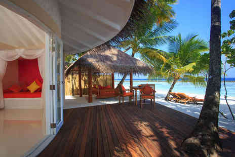 Sun Aqua Vilu Reef - Five Star 7 nights Stay in a Jacuzzi Deluxe Beach Villa - Save 41%