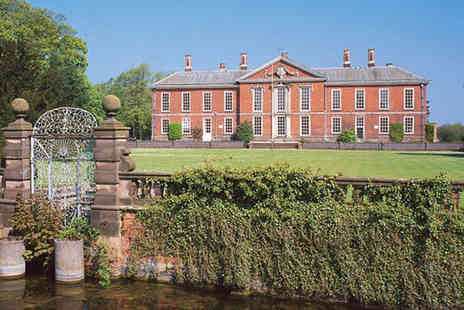 Britannia Hotels - Bosworth stay for two people including a carvery dinner, wine, chocolates and leisure access - Save 35%