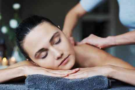 Midkent College - 60 or 90 Minute Pamper Package - Save 0%