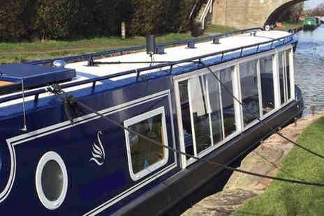 Blue Swan Boat Hire - Canal cruise with festive afternoon tea for one - Save 62%