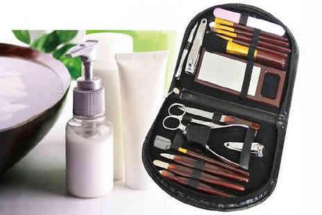 london exchainstore - 18 Piece Ladies Manicure and Make Up Set - Save 60%