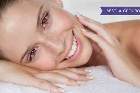 Naras Beauty Clinic - 60 or 75 Minute Deep Cleanse Facial and Optional Glycolic Peel - Save 71%