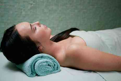 2 Be Beautiful - Facial with a Neck and Shoulder Massage - Save 0%