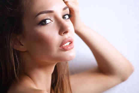 Gosforth Private Clinic - 0.55ml Juvederm ultra dermal filler on your choice of area or 1ml treatment - Save 56%