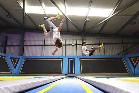 Oxygen Freejumping - One Hour Trampoline Jumping Session for Up to Four - Save 44%