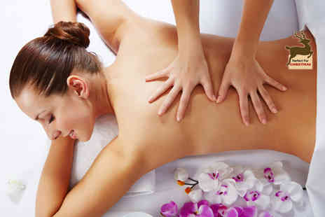 The Arch - One hour luxury pamper package including a back, neck and shoulder massage and Kaeso express facial - Save 49%