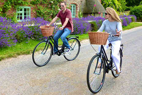 Hampton Court Palace - Bike Tour for Two - Save 22%