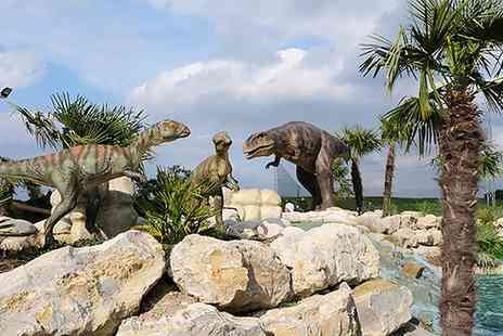 Adventure Experience - Adventure Golf for One or Two Adults or a Family of Four - Save 46%
