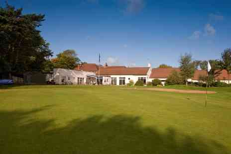 Dore & Totley - Up to Three Hours of Golf Simulaton with Tips - Save 0%