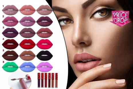 Quickclipin - Three matte finish lipsticks available in six collections - Save 66%