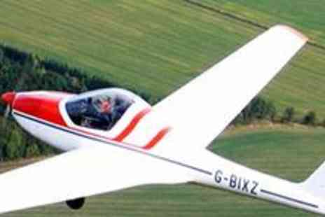 Hinton Pilot Flight Training - One hour flying experience - Save 78%