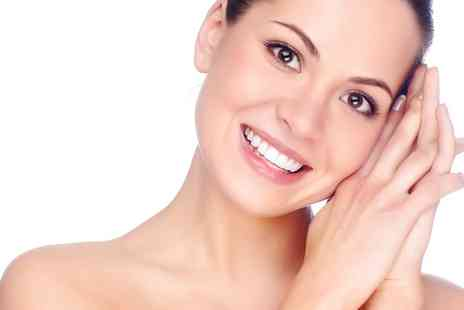 Body Sculpt - Light Therapy Facial - Save 0%