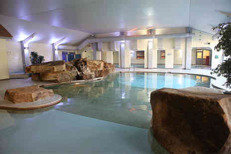 Cleopatras at Park Hall Hotel - Valentines spa day for two people with a treatment each and full facility access - Save 68%