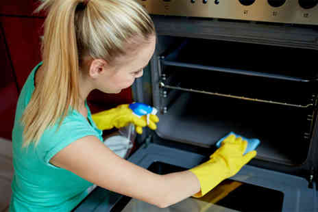 Clean Professionals - Single oven cleaning service - Save 17%