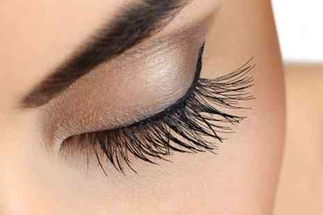 Rose Nova - Full Set of Eyelash Extensions - Save 60%