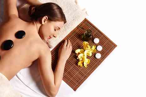 Essentia Spa - luxury 30 minute hot stone massage - Save 30%