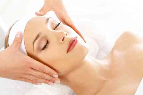 Indulge hair and beauty - Indian head massage - Save 44%