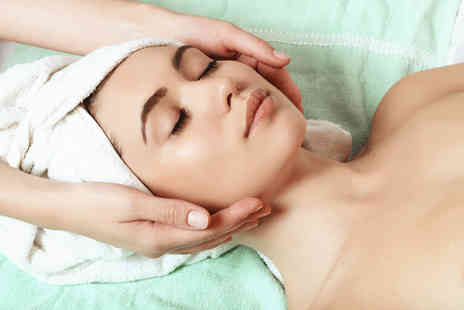 Bella Vita - One hour deluxe facial with a head massage - Save 53%