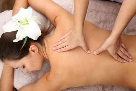 The Face Doctor - Luxury 20 minute back massage - Save 36%