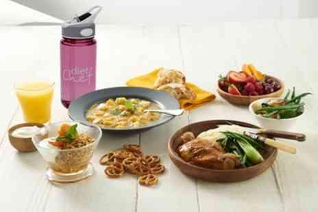 Diet Chef - 20 or 28 Day Diet Chef Calorie Controlled, Chef Prepared Meal Hampers with Free Gift - Save 54%