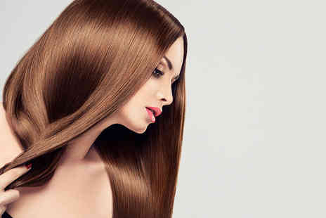 Scissorhands - Brazilian keratin blow dry with a senior stylist - Save 81%