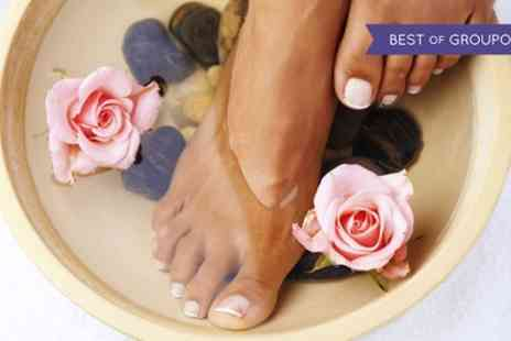 Beauty on the spot - Intensive Pedicure With Shellac Polish - Save 51%