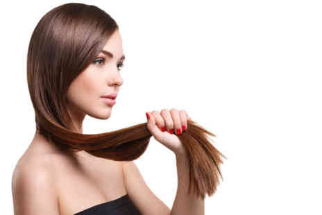 Define hair and beauty - Wash, cut & blow dry - Save 43%