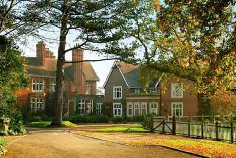 Pontlands Park Hotel - Dinner & Bubbly for 2 at Victorian Country House - Save 58%