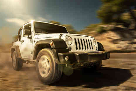 Driving Gift - Jeep off road driving experience - Save 61%