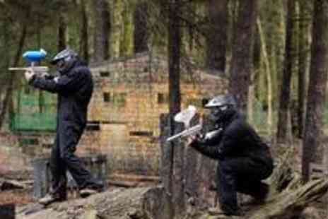 Universal Paintball - Up to 10 people to enjoy a full days paintballing including BBQ lunch, full equipment and 100 paintballs each - Save 96%