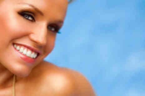 Savannah Sun - Full Body White to Brown, California Tan or St Tropez Spray Tan plus an Eyebrow Shape and Tint - Save 56%
