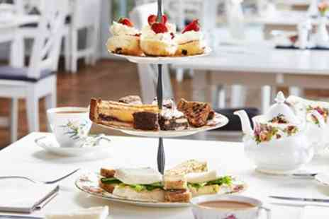 Broadoaks Country House Hotel - Afternoon Tea for 2 with Bubbly - Save 46%