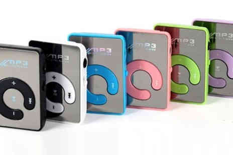 Richardson - Two in One MP3 Player and USB Flash Drive Available in Six Colours - Save 72%