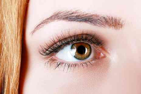 Felicity Natural Beauty - One day accredited eyelash extension course - Save 88%