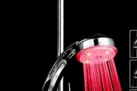 Genie Weenie - Colour changing LED showerhead - Save 70%