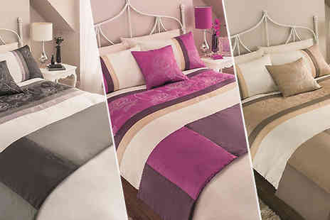 luxury bed and warehouse - 5 Piece Duvet Cover Set with Runner Available in 3 Colours - Save 60%