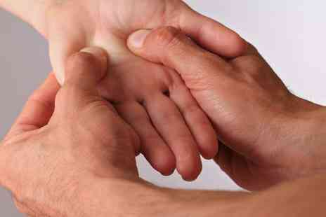 One Day Courses - Online hand reflexology course - Save 89%