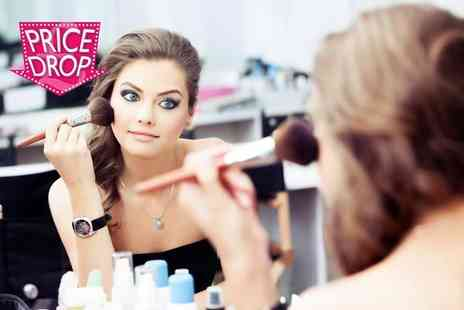 JD Courses - Online hair and make up course plus a bridal hair and makeup tutorial - Save 95%