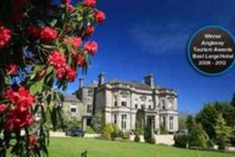 Tre ysgawen Hall - One night spa stay for two including breakfast and a bottle of Chablis - Save 60%