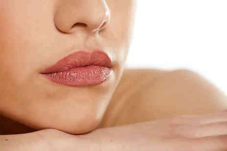 Top Lips - 1ml Princess Filler lip plump treatment Top Lips, Harley Street or Victoria - Save 60%