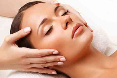 Huda Salon - One Hour Deep Cleansing or Peeling Facial - Save 52%
