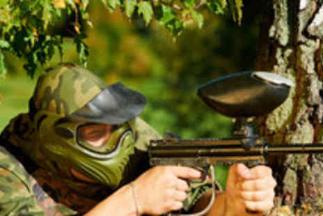 Universal Paintball - Day of paintballing for up to 5 people, including 100 paintballs - Save 93%