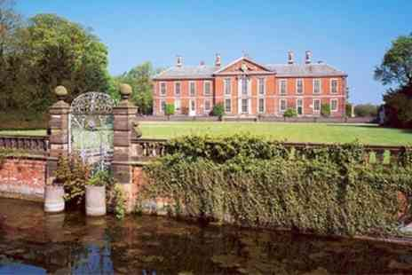Bosworth Hall Hotel - Wedding Package with Bridal Suite, Drinks for 50 Day Guests and 100 Evening Guests - Save 36%