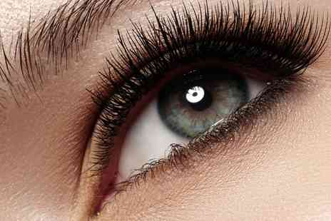 New Look Skincare Beauty Salon - Lash Lift - Save 58%