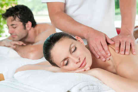 REM Laser Clinic - 60 minute couples full body massage - Save 76%